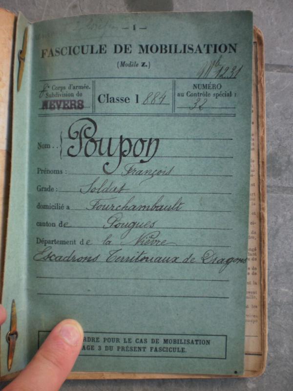 Lot Livret militaire + papiers + rare fiche blessure de guerre - ESC 5 Vendu 186852P1082509