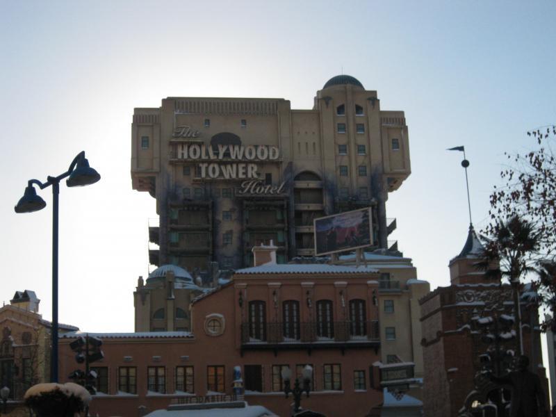 [Disneyland Paris] Disneyland Hotel - chambre Castle Club (8-10 décembre 2010) (début du TR p.9) - Page 9 189673IMG2243