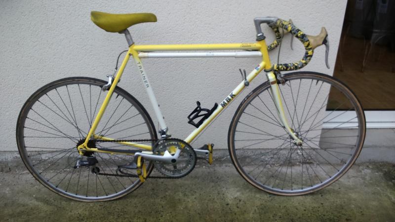 mbk trainer jaune et blanc 190726DSC0074
