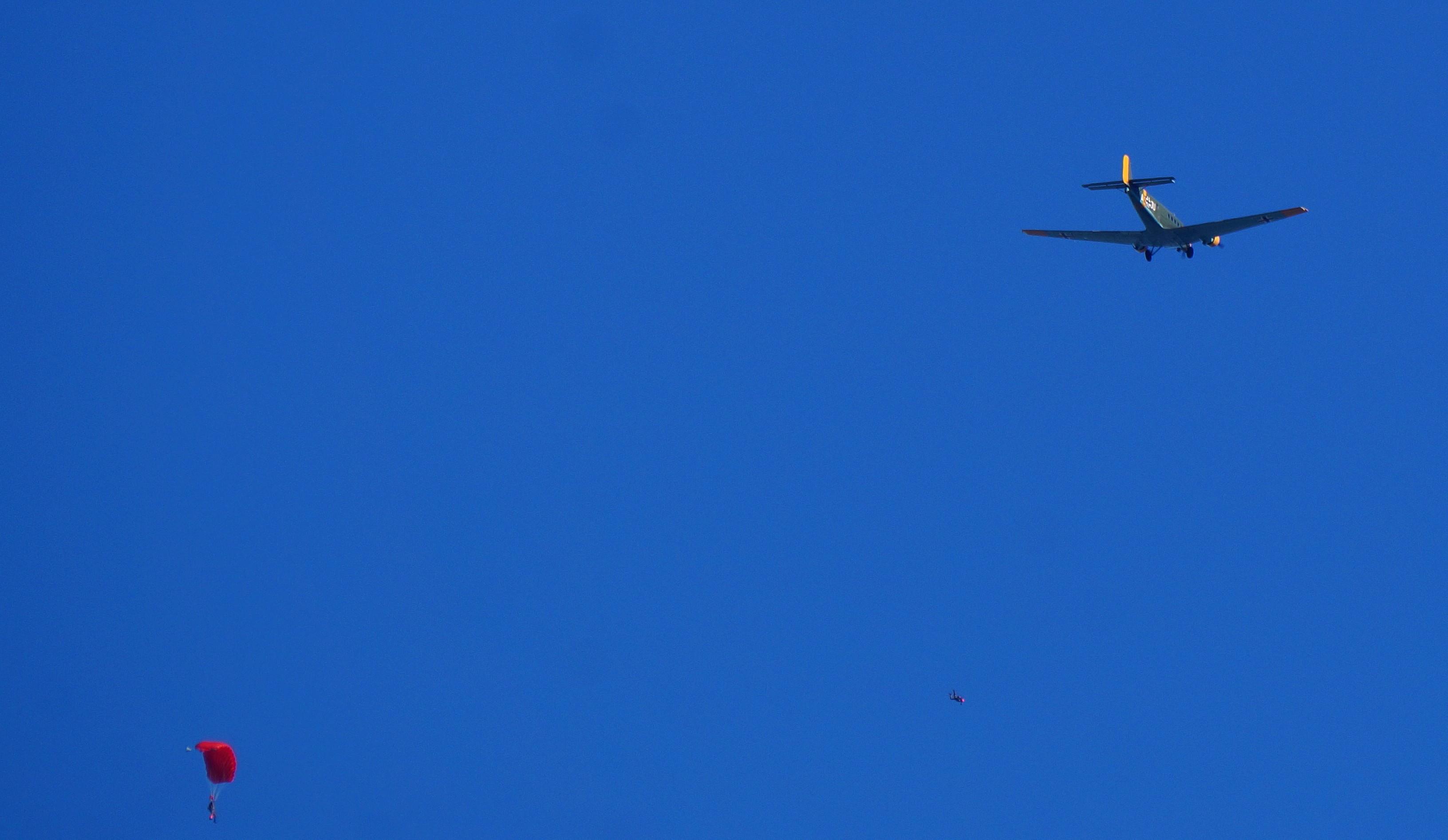 [Aéronavale divers] C'est quoi cet avion ? 191754avionallemand4