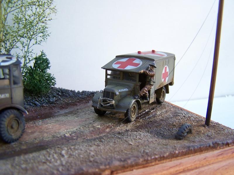 """AEC Matador et Ambulance Austin K2 """"au détour d un chemin"""" 192593MatadorAustinK2025"""