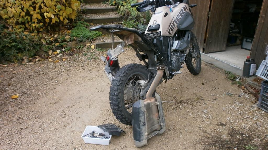 Qu'avez vous fait à votre moto aujourd'hui ? - Page 40 193908PB050009