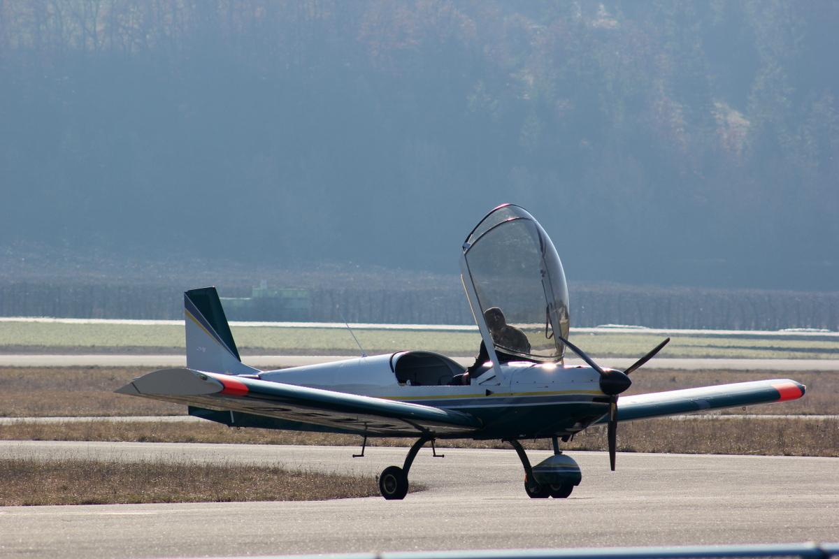 Aérodrome de Gap-Tallard [LFNA-GAT] 196025IMG8235