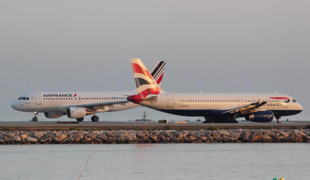 Aéroport de Nice Côte d'Azur , [LFMN-NCE] - Page 5 196638IMG9980