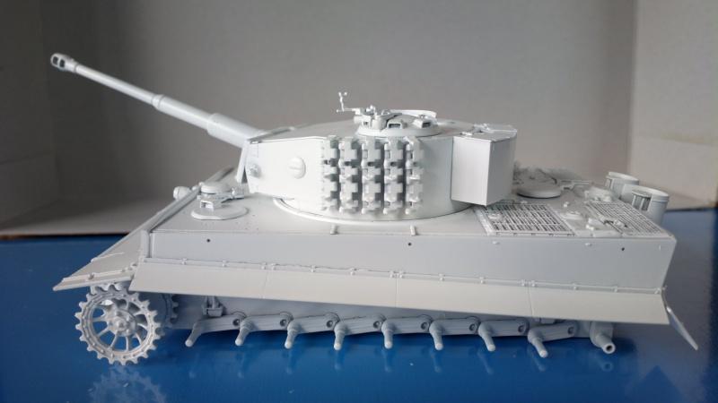 Pz.Kpfw.VI Ausf.E TIGER I ; DRAGON 1/35. 201573201408232470