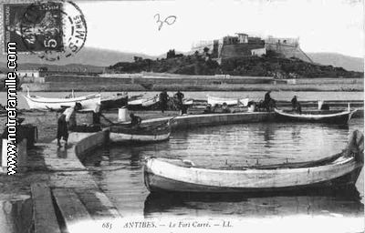 Villes et villages en cartes postales anciennes .. - Page 5 205640cartespostalesphotosLeFortCarreANTIBES66000606004003maxi
