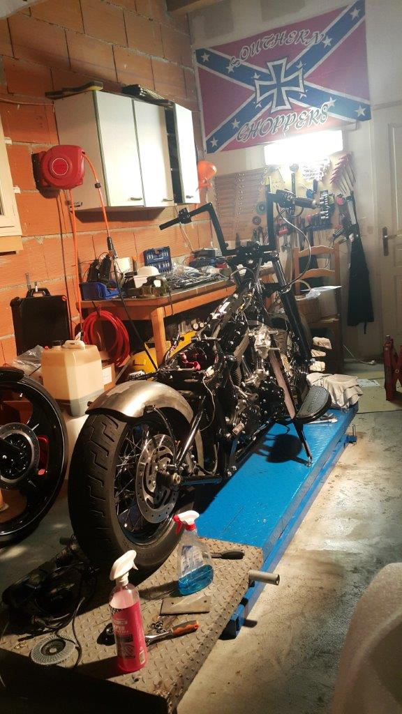 Modifications et radicalisation d'un Softail Slim - Page 2 20884320150215184209