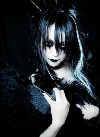 Entre Goths , Punks , Metals & Visual Kei ... 210206rd083n8j