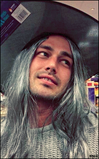 Ma petite galerie des horreurs - Page 11 210336TaylorKinney2