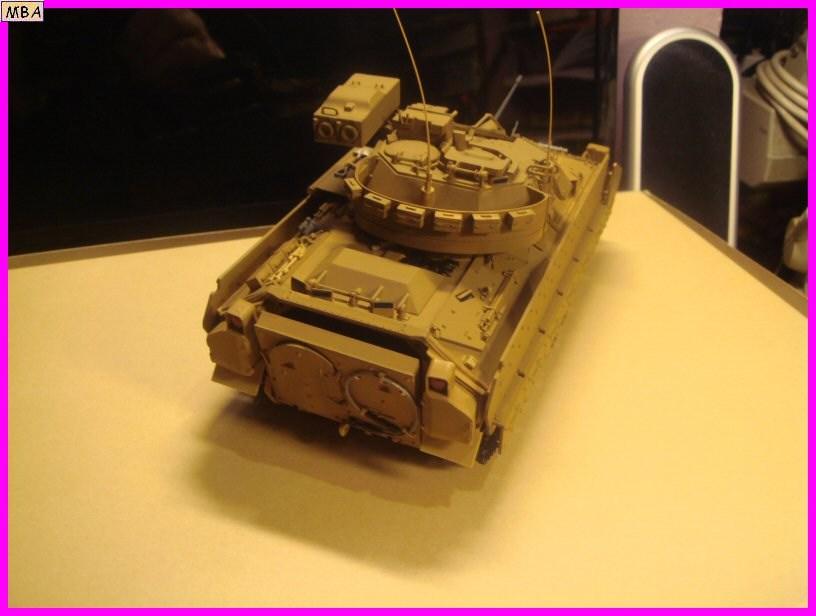Le transporteur de troupe M2A2 par l'ancien au 1/35è Tamiya 214744m2a207jpg