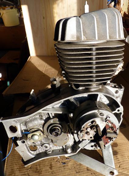 MZ 125 TS changement de roulements d'une MZ 125TS 214811P1030124