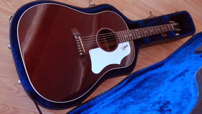 RARE : vds Gibson J-45 wine red +fishman Ellipse 2003 216043Danslahousse