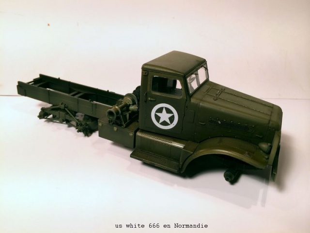 us white 666 cargo truck au 1/35 en Normandie hobby boss 216125white1006