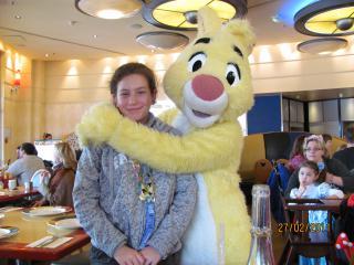 [Disneyland Paris] Découverte et enchantements d'une first timer (25-27 février) - Page 7 223235CafMickey719