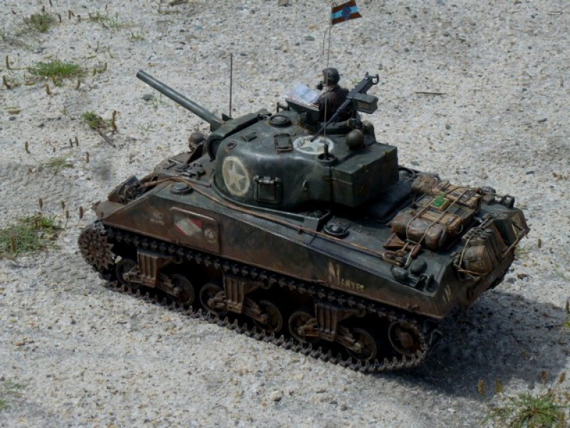 Sherman modifié M4A4 de la 1ère DB  - Page 2 223547P1110268