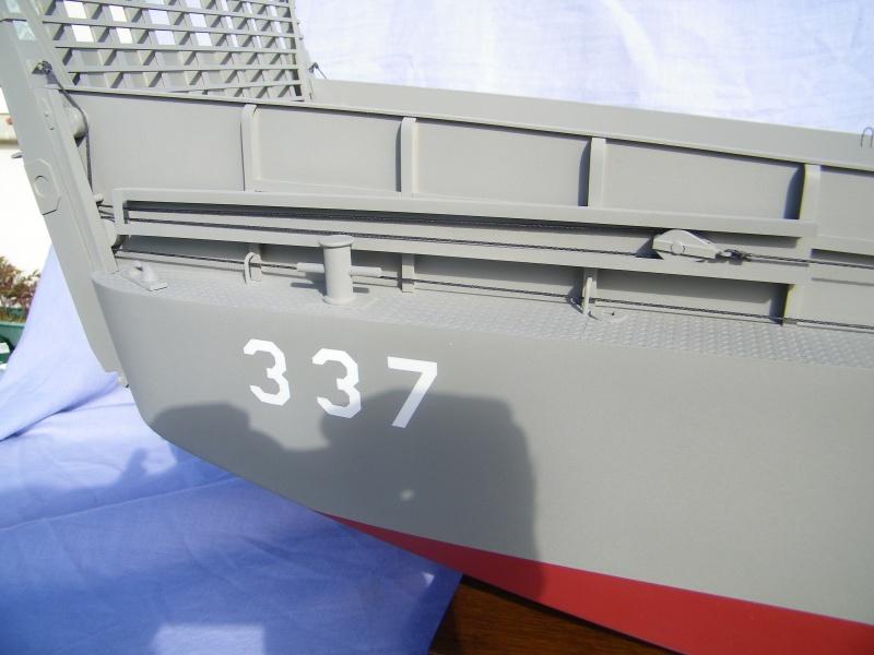 LCM-3 au 1/15e sur plan - Page 8 2237821003615