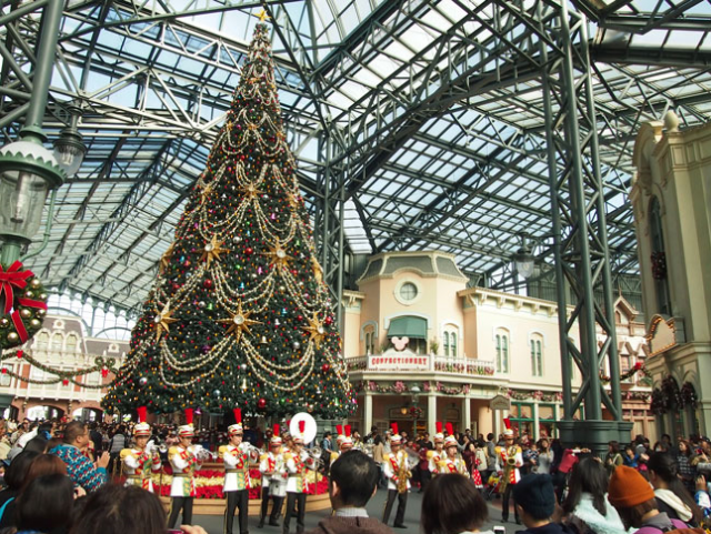[Tokyo Disney Resort] Programme complet du divertissement à Tokyo Disneyland et Tokyo DisneySea du 15 avril 2018 au 25 mars 2019. 225306xm3