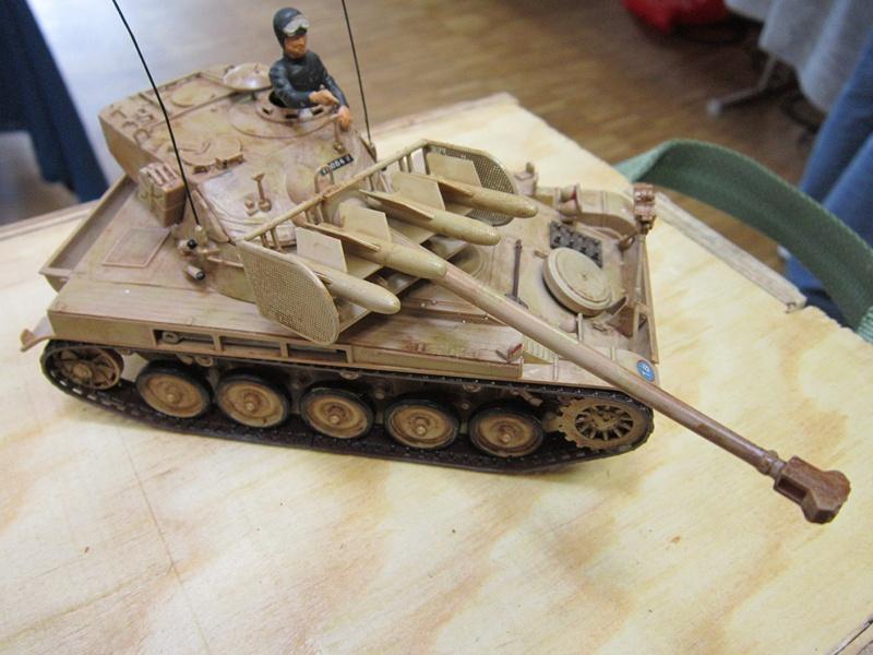AMX 13 SS 11  Heller au 1/35 227078IMG0535800x600