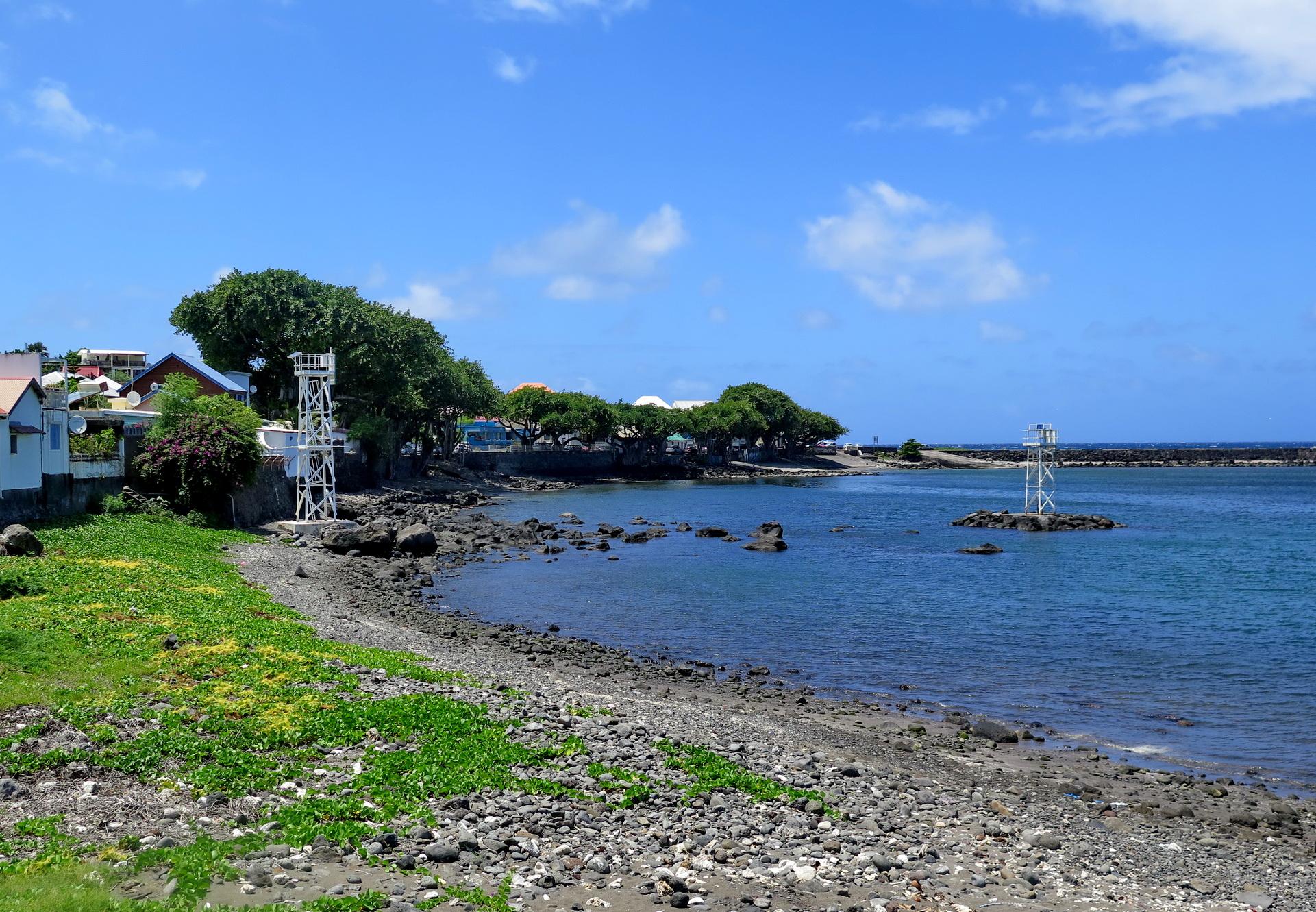 [Vie des ports] Les ports de la Réunion - Page 2 228710IMG0368