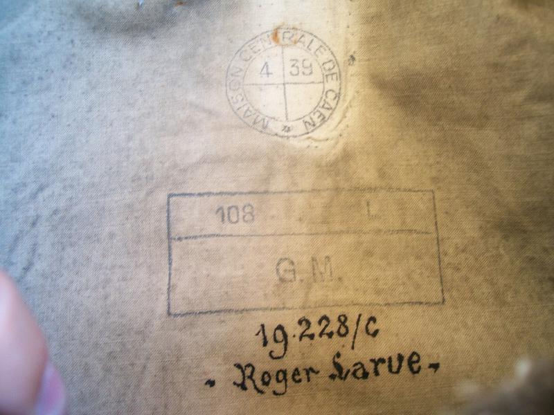 Le matériel et l'uniforme des prisonniers de guerre 2301561002142