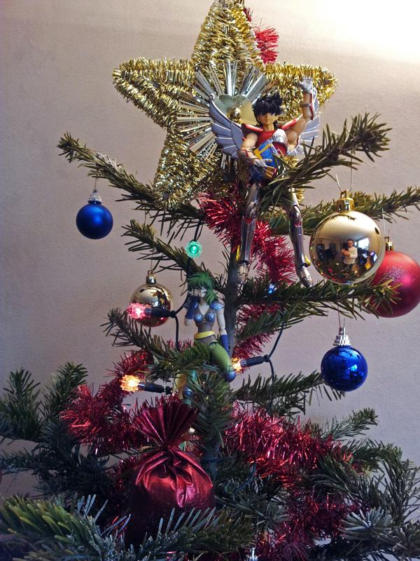 CC 44 - Quand Saint Seiya fête Noël 23468420111224162452copie