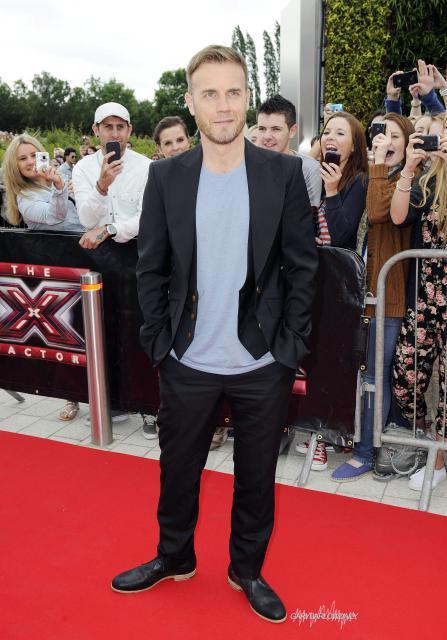 Gary arrive à l'audition de X Factor à Birmingham 1/06/11 243867HQ003