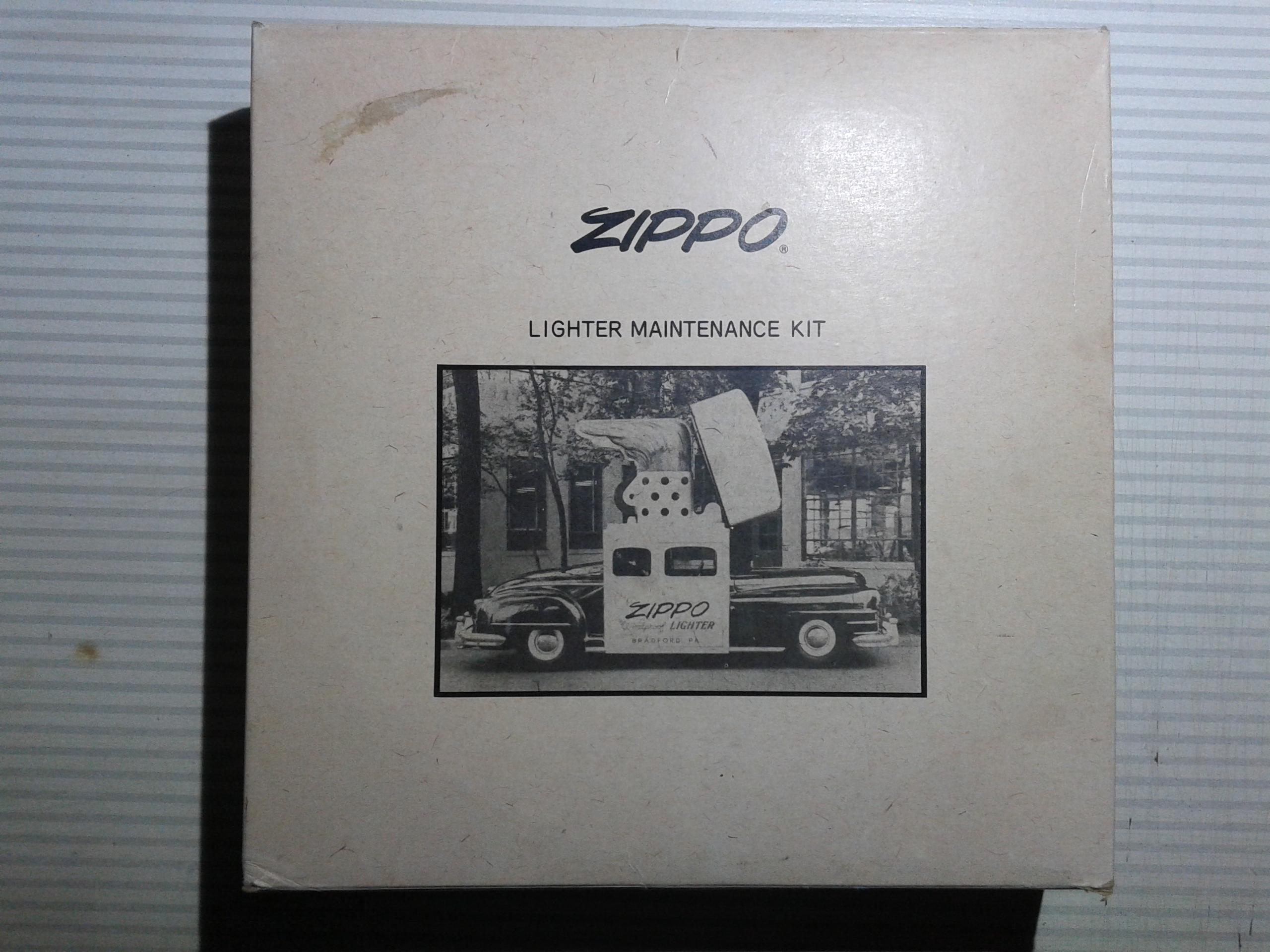 Les boites Zippo au fil du temps - Page 2 248038Maintenancekit1