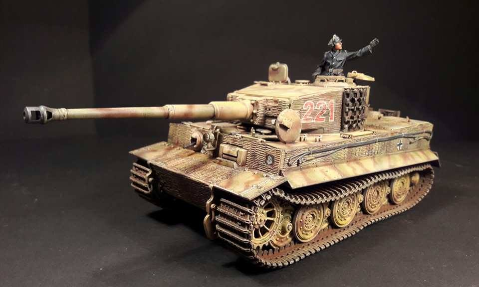 Tiger I Late production - Normandie 1944 - Dragon - 1/35 - Page 3 24905217974267102109665543343681967012052n