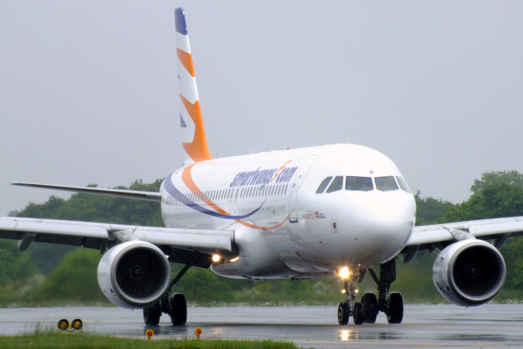 [20/05/2013] A320 (OK-HCB) Smart Wings 252517Main13012