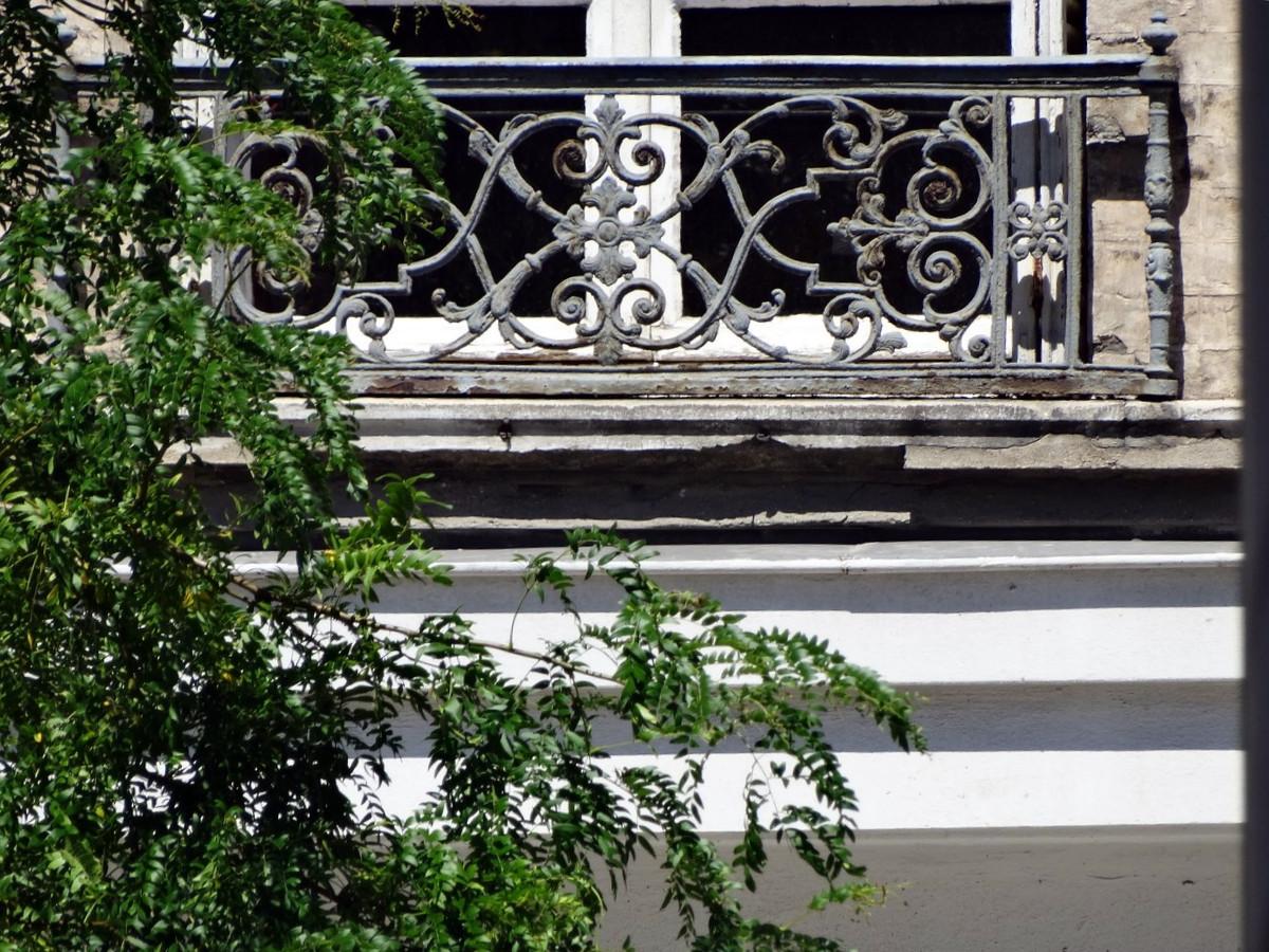 Balcons en fer forgé - Page 2 253886076Copier