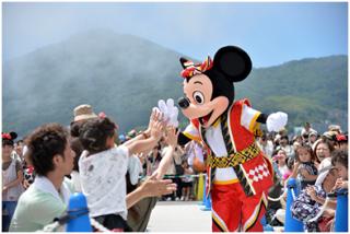 [Tokyo Disney Resort] Programme complet du divertissement à Tokyo Disneyland et Tokyo DisneySea du 15 avril 2018 au 25 mars 2019. 256662ondo3