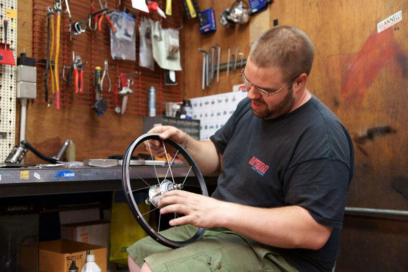 Rayonner les roues : outils et techniques - Page 3 264512DSC03561copy