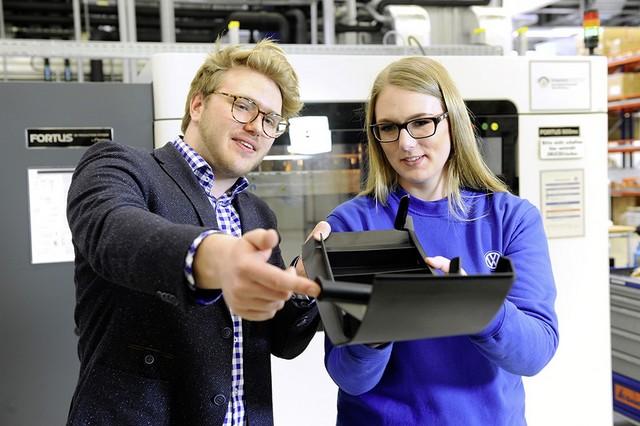 GTI Wörthersee 2017 : un concept-car conçu de manière rapide et efficiente par des apprentis à l'aide des technologies digitales  265497DB2017AL00521small
