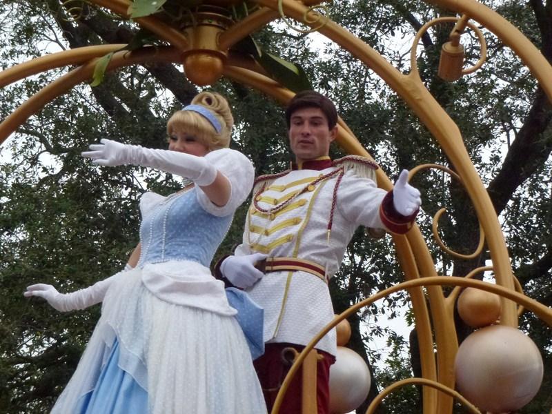 Happy Hollidays in WDW November 2012 - Page 40 270318wwdwnoel20123505