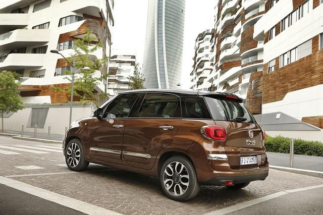 La Nouvelle Fiat 500L 274261170522FiatNew500LLounge03