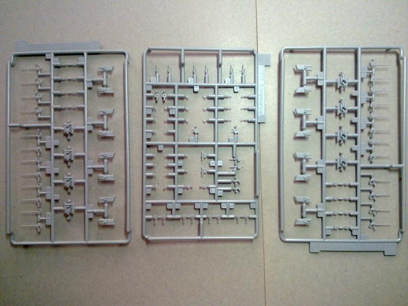 DKM Scharnhorst de  Dragon 1/350° - Page 2 274326200120111133