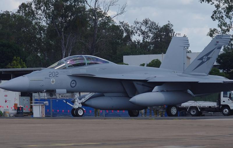 BOEING F/A-18E et F SUPER HORNET  282898BoeingF18SuperHornetRAAF