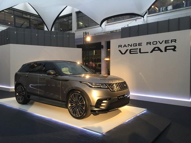 Le Range Rover Velar s'est dévoilé sur les toits de Paris 285208rangerovervelarparisbhv2017