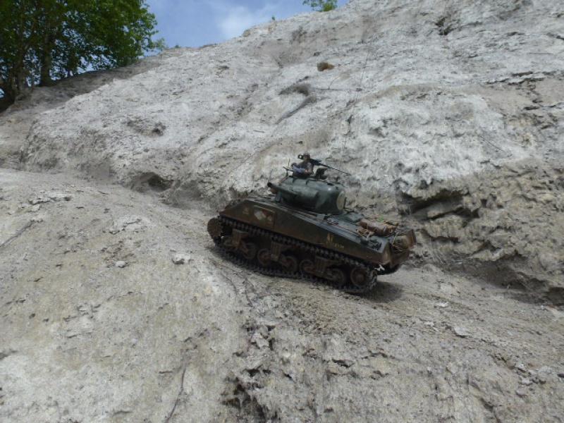 Sherman modifié M4A4 de la 1ère DB  - Page 2 285919P1110271