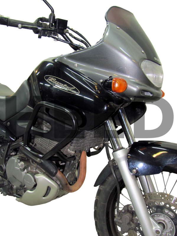 Suzuki toujours, mais en V! 287660SuzukiXF650Freewind97032