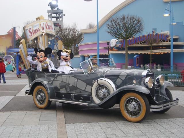 [Disneyland Paris] Premier séjour au DLH (31 janv.-2 fév. 2011) + un anniversaire inoubliable ! - Page 4 287884206