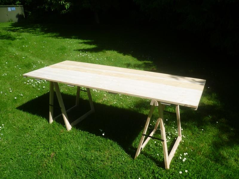 Table pour la popote 290041P1020610