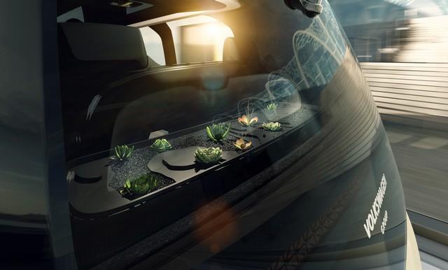 Mobilité individuelle redéfinie : conduite autonome à l'aide d'un bouton  290768hddb2017al00186large