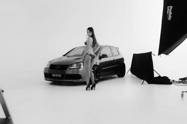 Volkswagen et ses donzelles ... - Page 37 29697114745482632428704979081703158519n