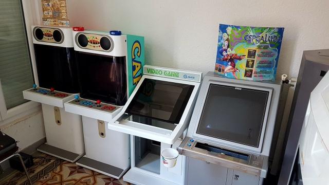 Ma petite gameroom. 29923620449051102129734209110169179087736769628536o