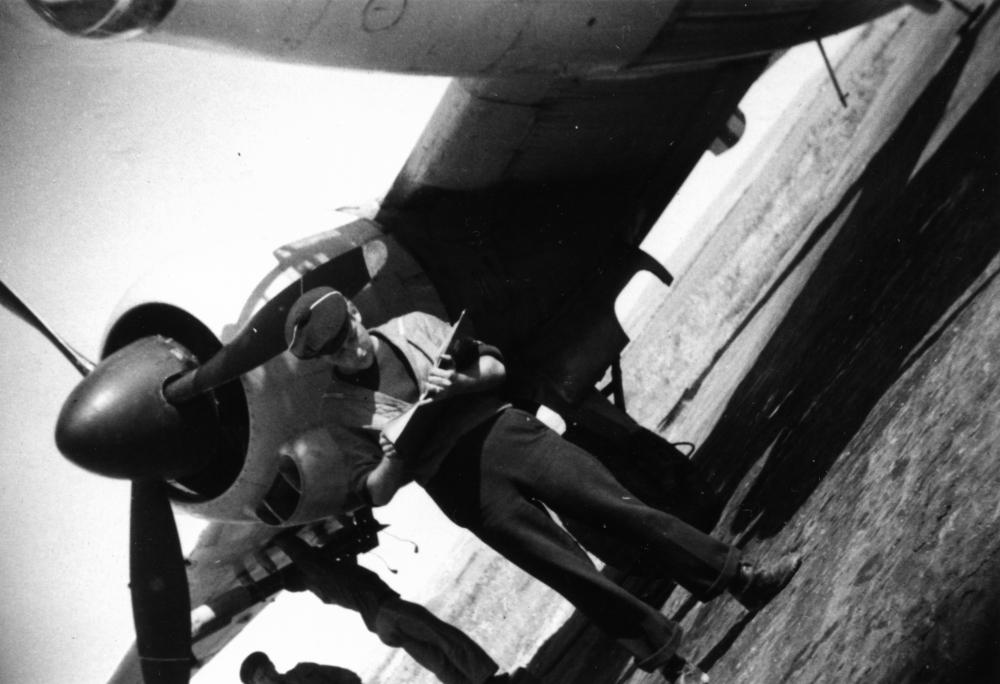 [La spécialité de...] Mécanicien aéronautique (Sujet unique) - Page 3 303062Photo339remplissageformesPPERRIN
