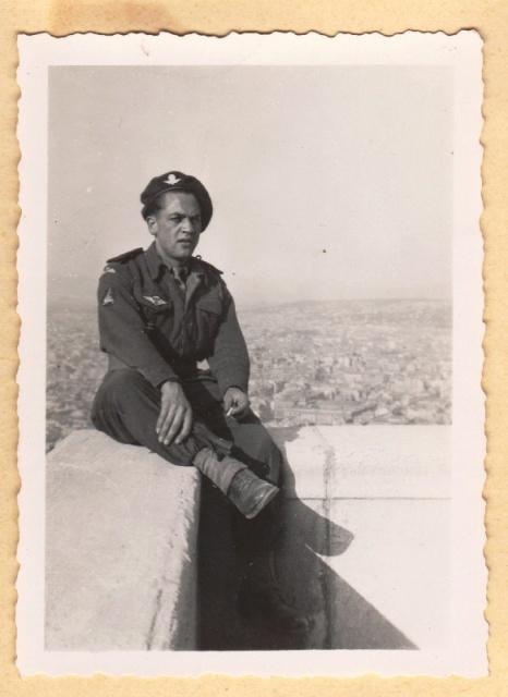 Adjudant pierre Saulnier des commandos de France - Page 2 312763Saulnier1laurent