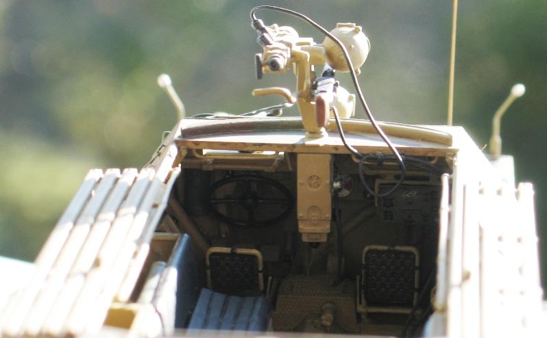 Sd.Kfz. 251/20 Ausf D 'Falke' AFVclub 1/35 313327IMG0130
