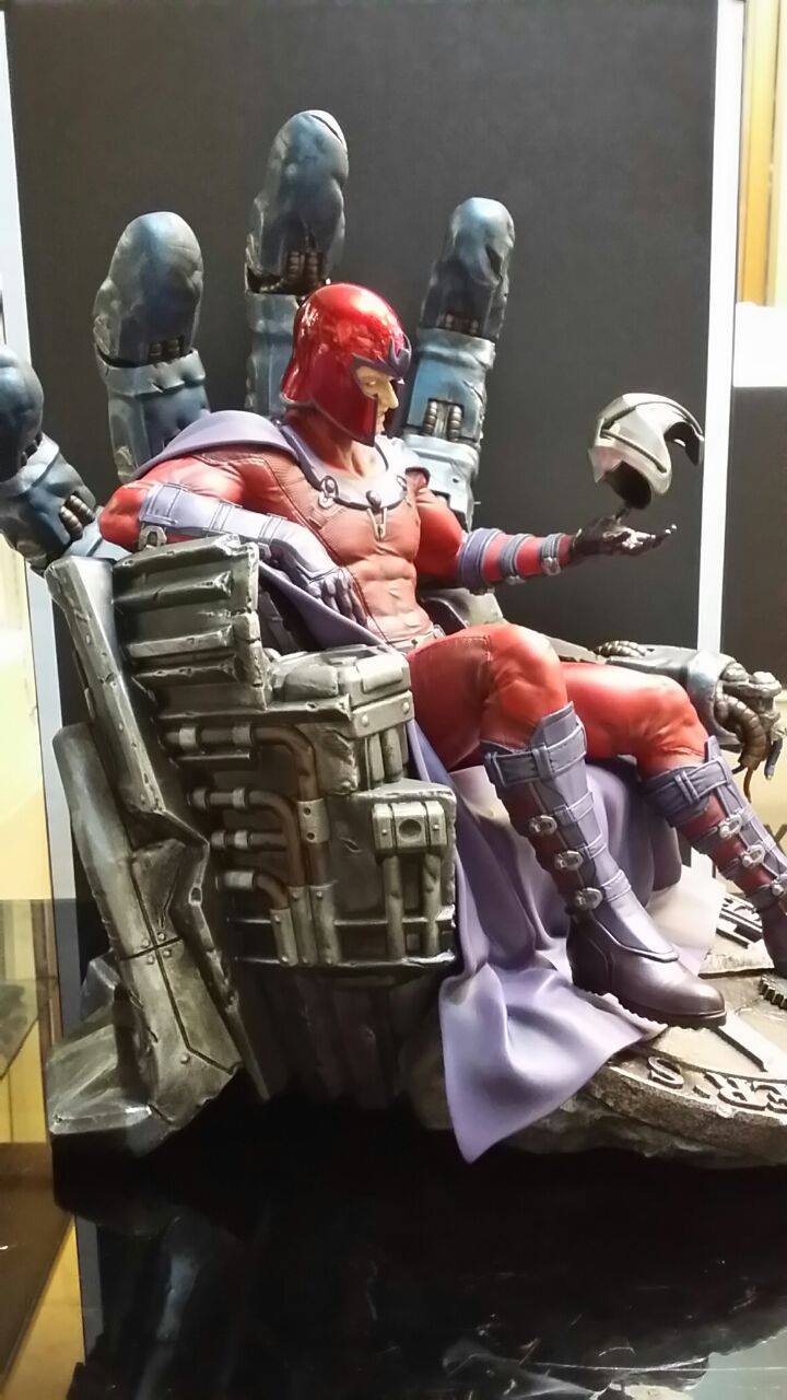 Premium Collectibles : Magneto on Sentinel Throne - Page 4 3134871040380314007229168150703259593641729164927o