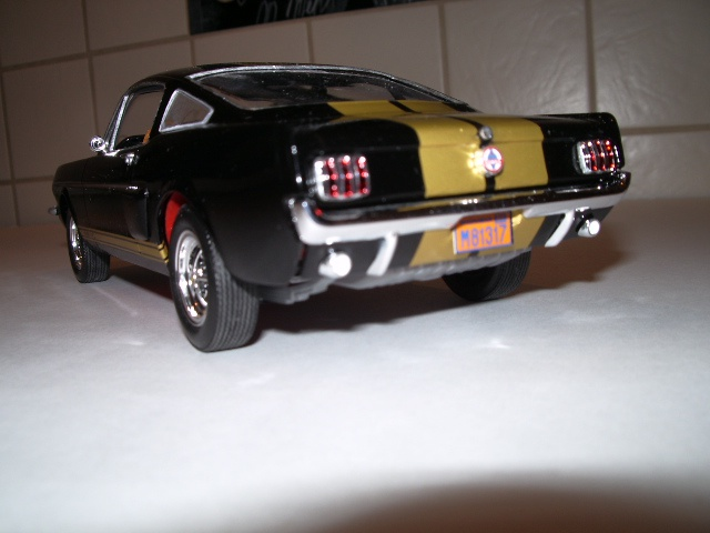ford mustang GT 350 H au 1/24 - Page 2 318444fordmustanggt005